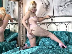 Blonde Lady With Pantyhose In Solo Action