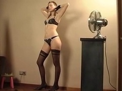 Gorgeous French Adult video star Tries Anal !