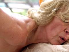 Hot Granny creampied