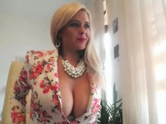 amazing blonde milf masturbation for your pleassure