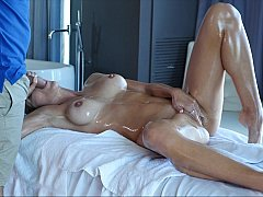 Amazing oily sex