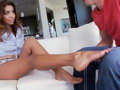 Fétiche des pieds, Interracial, Fille latino