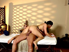 Tattooed massage babe loves to rides cock