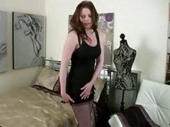 Grossier, Femme au foyer