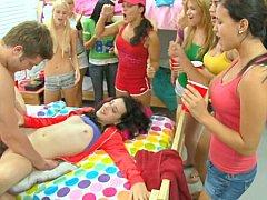 Rubia, Mamada, Universidad, Linda, Residencia universitaria, Sexo duro, Fiesta, Adolescente
