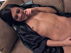 Hottie in stockings masturbates while on the phone