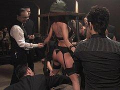 Бондаж, Экстремальный секс, Секс без цензуры, Унижение, Невинные, Наказание, Рабыни, Связанные