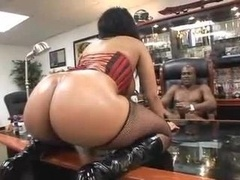 Huge Assed Black Girl Pounded in Corset and besides Boots