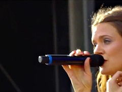 Tove Lo Tit Flash - Talking Body (Live)
