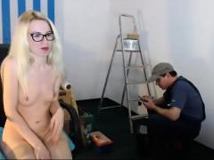 Blonde cutie masturbate inside a public bus