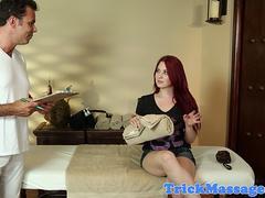 Seductive massage babe  filmed on spycam
