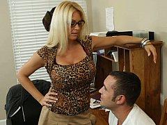 Большие сиськи, Блондинки, Женщины, Секс без цензуры, Каблуки, В офисе, Юбки, Сиськи