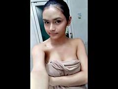 Asiatisch, Chinesisch, Jungendliche (18+)