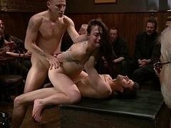 Anal, Sadomasoquismo, Morena, Grupo, Grupo, Sexo duro, Orgía, Público