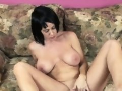 Busty MILF Melissa Swallows is fucking her mature pussy