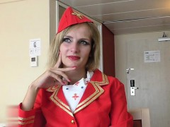 Blondine, Interrassisch, Milf, Titten, Uniform