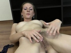 Hairy mature sex and cumshot