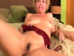 Kelly Leight mature solo