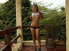 Enticing woman loves sharing her nudity