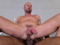 Muscular hunk rides bbc