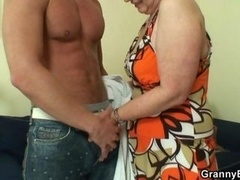 Grown-up housewife gets nailed by an less aged guy