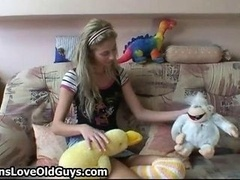 Charming lechick teen chick spreads her legs