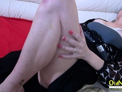 OldNannY Lonely Mom Solo Toying