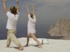 unforgettable art yoga in the sky