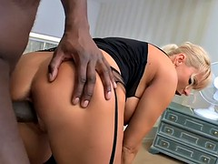 Cockriding busty glamour babe loves bbc