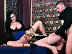 Threesome with Tamara Grace and Jasmine Jae