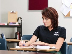 Brunette brune, Collège université, Hard, Hd