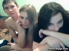 Group of Teen chicks on Cam