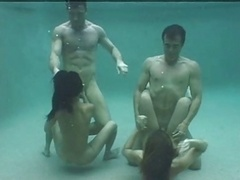 Underwater 4Some!