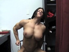 Muscular Angela Salvagno Fucks A Dildo