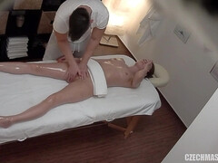 Blondie Smashed Stiff During Rubdown - Jo Jo