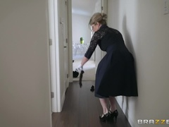 Stuck-Up Stepmom