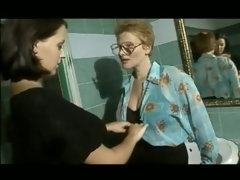 Hot retro porn video with MILF pornstars