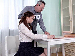 Tricky elder Teacher - Old educator makes sexy college girl